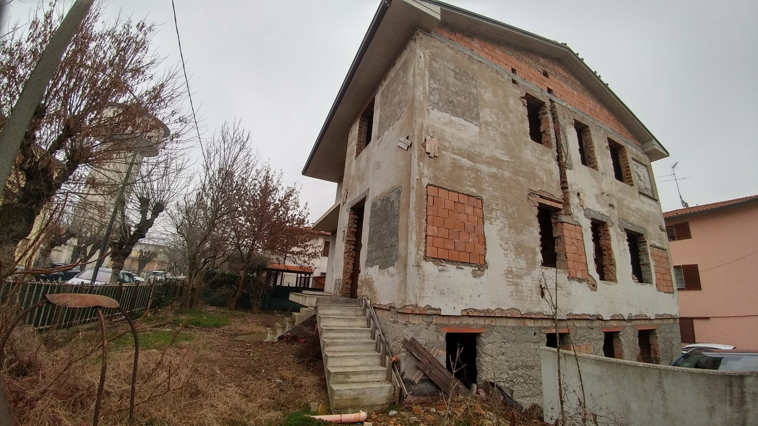 VENDITA casa MassaLombarda
