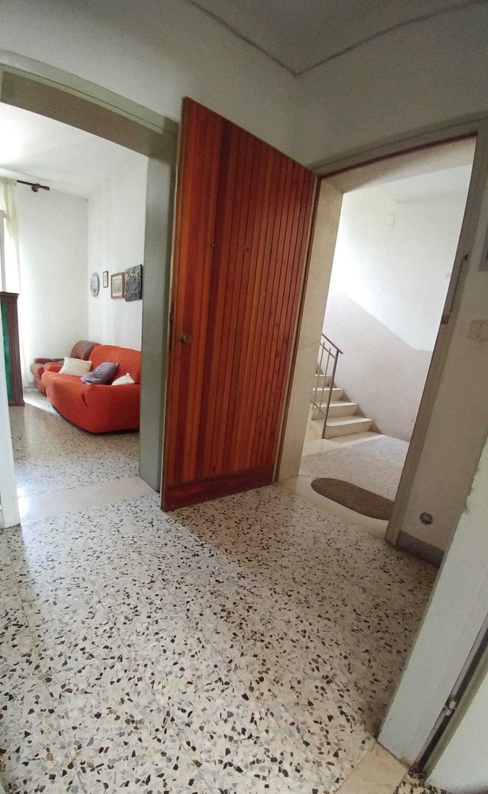 Vendesi appartamento due/tre letto matrimoniali € 60.000 CastelBolognese