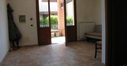 Vendesi terra/cielo con giardino €158000 Riolo Terme