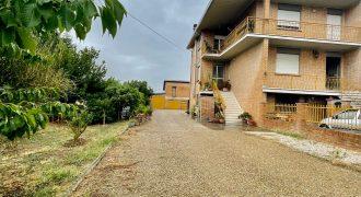 Mordano Casa Indipendente con Terreno € 270.000